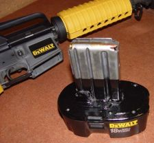 Dewalt-16BattDetail-225.jpg